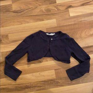 Girls cardigan sweater w button.